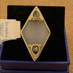 Lia Sophia gold ring 6.5/7